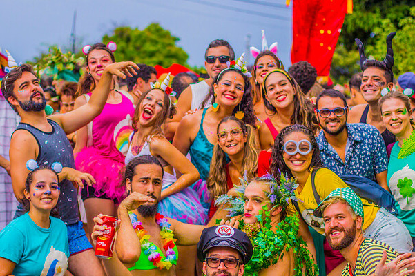 Para todos os gostos: 5 lugares baratos para viajar no carnaval