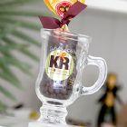 Kits & Requintes - Caneca personalizada com sach� de cappuccino tradicional. Decorada com fita e gr�os de caf�. Cappuccino 3 cora��es. Garrafinha personalizada com azeit...