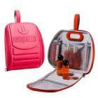 Nécessaire mini mochila moldada em e.v.a com fechamento em zíper, bolso em tela, espelho e gravação em alto relevo.