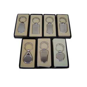czk-confeccoes - Chaveiro personalizado em metal gravado a laser.