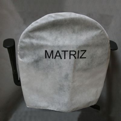 Embalagem - Capa personalizada de cadeira arredondada curta - Capa de cadeira em TNT. Pode-se alterar material, tamanho, cor e formato.