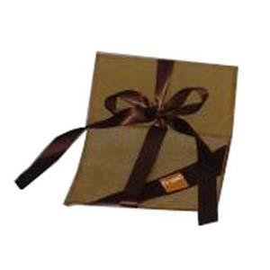 embalagem - Envelope personalizado em tela de algodão, com logo na fita lateral. Pode-se alterar cor, material e tamanho.