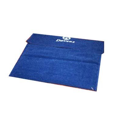embalagem - Envelope personalizado em veludo fechado com velcro. Pode-se alterar cor, material e tamanho.