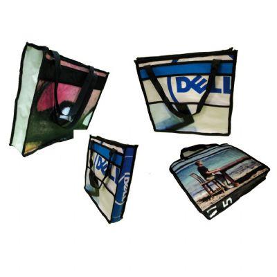 embalagem - Sacola personalizada feita com banner reciclado. Ideal para aproveitar o banner utilizado em eventos. Pode ser feita em qualquer tamanho e modelo.