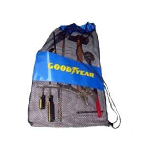Embalagem - Sacola modelo mochila personalizada em tela de boné com faixa em nylon 70. Pode-se alterar cor, material e tamanho.