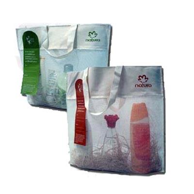 embalagem - Sacola personalizada em tela de algodão, com boca em algodão cru. Pode-se alterar cor, material e tamanho.