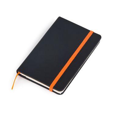 marca-laser - Caderneta MLSK de anotações com capa rígida na cor preto fosco, 80 folhas em papel off set 80g/m² na cor creme, fechamento na cor laranja