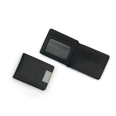 Carteira masculina em material sintético preto, 8 divisões, 5 compartimentos para cartões, 2 compartimentos livres e um com visor em PVC