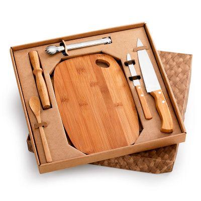 Kit bar personalizado em caixa para presente com tábua oval, amassador, colher, faca 7