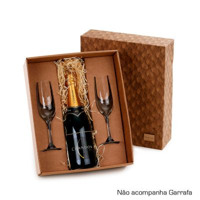 Marca Laser - Kit champanhe personalizado, caixa para presente com 02 taças de vidro para champanhe 240 ml e espaço para garrafa de 750 ml. (Não acompanha garrafa)....