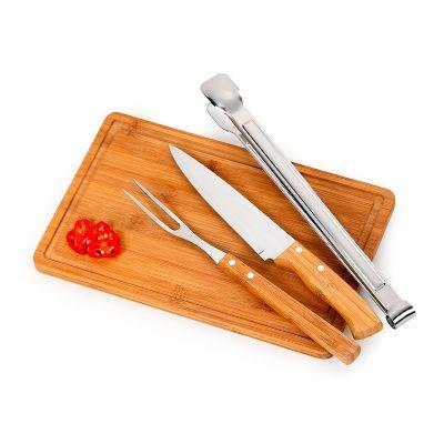 """marca-laser - Kit churrasco personalizado com tábua retangular ST em bambu - Medidas: 320 x 200 x 15 mm, faca 7"""", garfo em bambu / aço inox e pegador inox - Medida:..."""