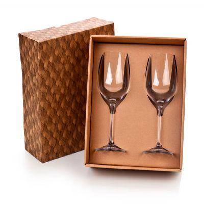 Marca Laser - Caixa para presente. Com 02 taças de vidro para vinho 380ml