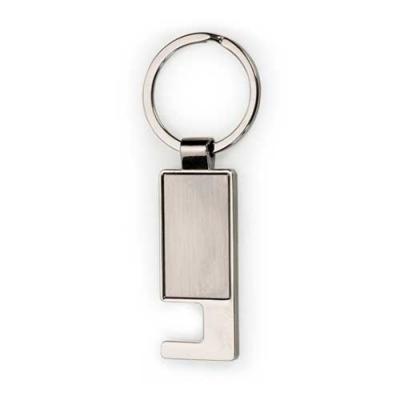Skill Brindes Promocionais - Chaveiro de metal porta celular, possui chapa central inox e verso brilhante. Para utilizar o porta celular basta posicionar o chaveiro de modo latera...