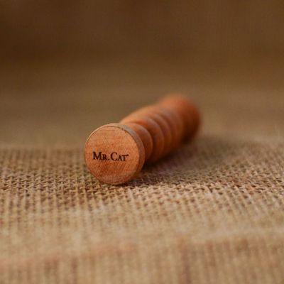 amor-perfeito-massageadores-em-madeira - Massageador para os pés.