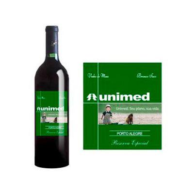 Exclusive Brindes - Vinho personalizado
