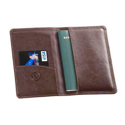 couro-impresso - Capa de passaporte personalizada em couro.