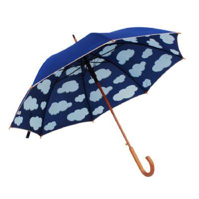 Guarda-chuva longo autom�tico com nuvens, confeccionado com alta qualidade proporcionando extrema resist�ncia a manchas e mofo, secagem r�pida e toque...