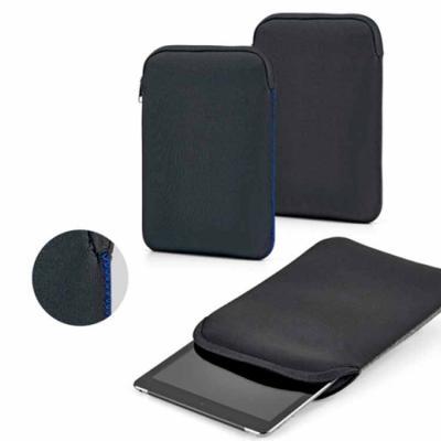 Fabricada em soft shell de alta densidade, a pasta para tablet personalizada é uma atraente opção...