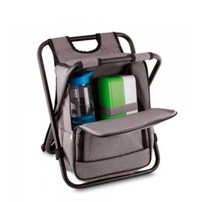 - Bolsa térmica 25 litros com conversão em cadeira. Bolsa confeccionada em nylon, possui compartimento principal térmico e um bolso frontal. Armação de...