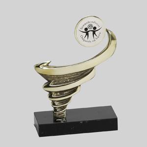 """formas-do-fogo - Troféu personalizado em bronze com medalha - Modelo """"Furacão""""."""