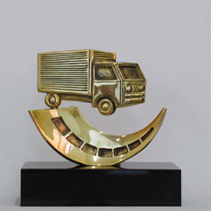 Formas do Fogo - Troféu Personalizado - Modelo Caminhão com Estrada.