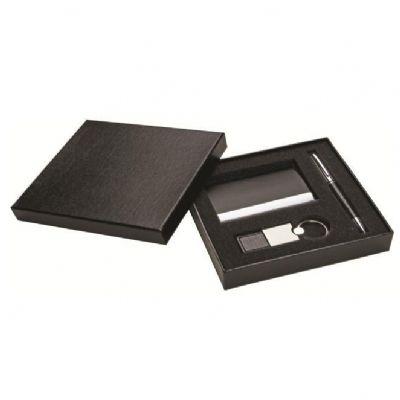 Polymark Produtos Promocionais - Kit com caneta, chaveiro e porta cartão, em estojo de presentes.
