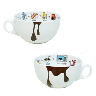Caneca tigela bolo chocolate em micro-ondas com capacidade para 300 ml., produzida em porcelana branca com receita interna paço a paço com imagens e t...