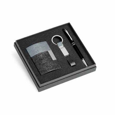 Kit de porta cartões, chaveiro e esferográfica - Queen's Brindes