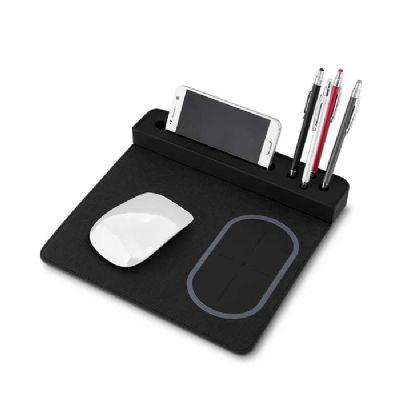 Queen's Brindes - Mouse pad com carregador por indução