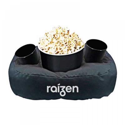 Kit pipoca contém balde de pipoca, dois copos e almofada personalizada.