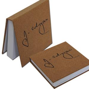 dz9-grafica - Bloco de anotações personalizado - Linha kraft - Capa dura 11 x 11 cm - 200 folhas (off-set ou reciclado).