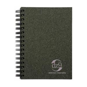 DZ9 Gráfica - Caderno Personalizado - Linha madeira/reativo - Medidas: 15 x 21 cm. Aplicação em hot stamping ou baixo relevo. 96 folhas + dados pessoais / calendári...