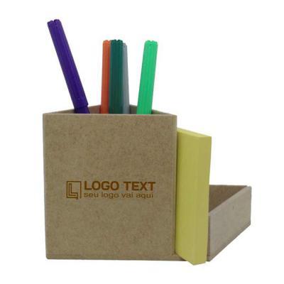 Ecologik Sustentáveis - Porta-lápis e office triangular Produzida em material 100%  proveniente de reflorestamento.Gravação de logomarca no sistema Hotstamping sem emissão de...