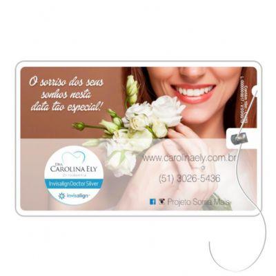Cartão com fio dental