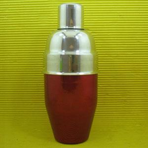 Armazém Brasileiro - Coqueteleira de luxo personalizada, confeccionada em alumínio com pintura especial em diversas cores e capacidade para até 600 ml. Sua marca presente...