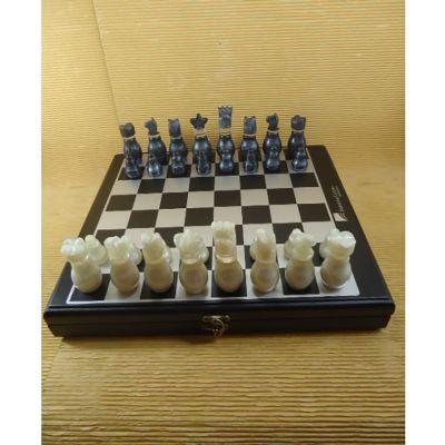 Estojo com jogo de xadrez e dama - Armazém Brasileiro
