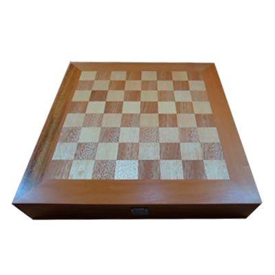 Estojo em marchetaria com jogo de xadrez e dama - Armazém Brasileiro