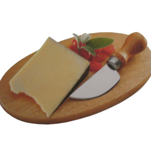 Tábua personalizada oval para queijo com faca gruyere em aço inox e cabo de madeira . Medidas : 26 x 16 x 1,4 cm.Ofereça a seus melhores clientes um p... - Armazém Brasileiro