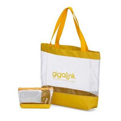 Bolsa promocional de praia contendo uma necessaire Fabricadas em tela transparente com detalhes e...
