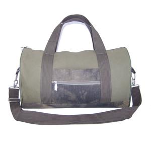 Bolsa de viagem ecológica, confeccionada em lona 100% algodão.