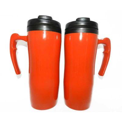 Mugmania - Mug de dupla camada de acrílico/plástico de 400ml, copo interno preto com inserção de um anel de silicone para ajudar na vedação.