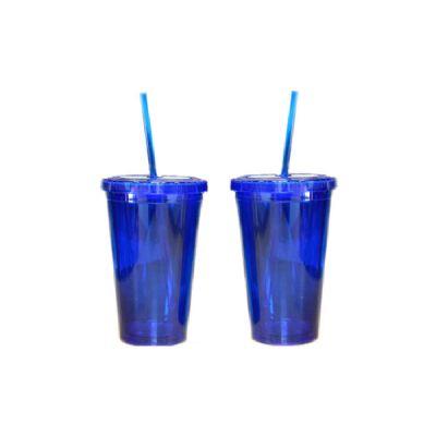 - Copo Mug com capacidade para 450 ml em dupla camada de acrílico, com tampa de rosca e canudo em acrílico.
