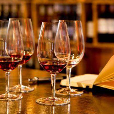oxford - Taça de vinho.