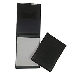 diport - Porta bloco ou receituário personalizado em couro sintético, com personalização da logomarca em baixo relevo. Medidas do bloco: 22,5 x 17 cm.