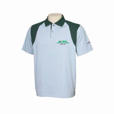 QW Camisetas e Bones - Camisa pólo em malha Piquet (70% poliéster e 30% algodão) com 2 botões. Modelo com recorte nos ombros.