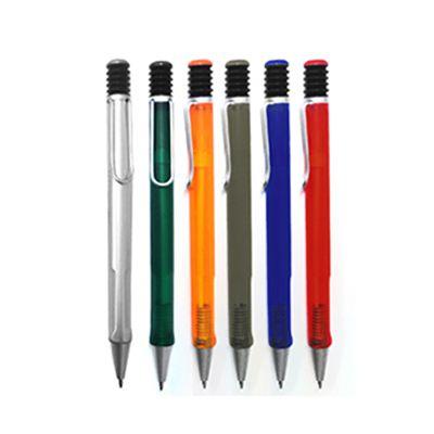 AGP Brindes - Caneta esferográfica personalizada, confeccionada em plástico, com acionamento por clique, em diversos modelos e cores.