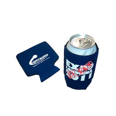 AGP Brindes - Porta latas personalizado, confeccionado em material térmico com acabamento em viés e cordão para carregar