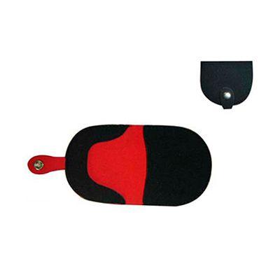 AGP Brindes - Porta moedas personalizado, confeccionado em neoprene preto com forro vermelho e com fechamento por botão
