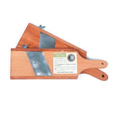 Arte Perotto - Fatiador de legumes personalizado, confeccionado em madeira nobre Teca com lâmina em aço inox medindo 37,0 x 11,5 x 1,5 cm. Ideal para uso doméstico,...