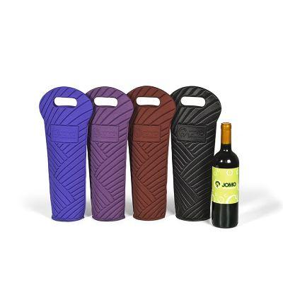 Jomo - Porta vinho moldado com alça de mão vazada e etiqueta moldada para personalizar. 10% de IPI não incluso no valor abaixo. Frete FOB. Verificar disponib...